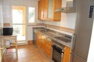 Apartamento Urbanizacion el Vicario 2, Apartmány  Sitio de Calahonda - big - 4