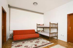 Popovic Apartment