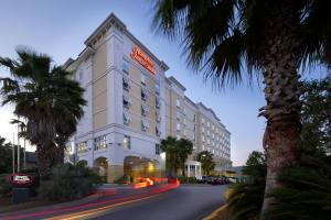 Hampton Inn & Suites Savannah/Midtown