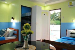 Lagunde Beach Resort, Курортные отели  Ослоб - big - 26