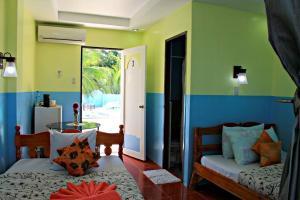 Lagunde Beach Resort, Курортные отели  Ослоб - big - 24
