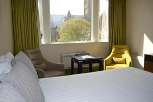 Lincoln Hotel, Sure Hotel Collection by Best Western