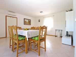 Apartments Svetlana 1307, Ferienwohnungen  Banjole - big - 8