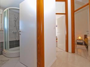 Apartments Svetlana 1307, Ferienwohnungen  Banjole - big - 35
