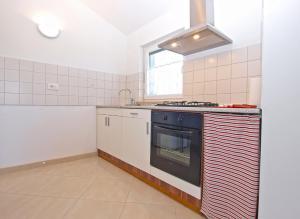 Apartments Svetlana 1307, Ferienwohnungen  Banjole - big - 33