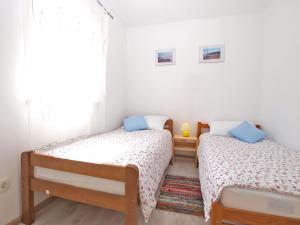 Apartments Svetlana 1307, Ferienwohnungen  Banjole - big - 32