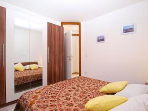 Apartments Svetlana 1307, Ferienwohnungen  Banjole - big - 24
