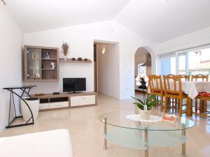 Apartments Svetlana 1307, Ferienwohnungen  Banjole - big - 20