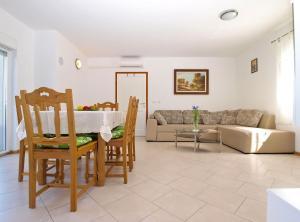 Apartments Svetlana 1307, Ferienwohnungen  Banjole - big - 58