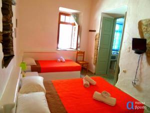 Apano Vrysi, Appartamenti  Tinos Town - big - 5