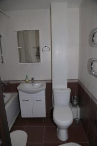 Apartment bulvar Lenina 3, Apartmány  Tolyatti - big - 6