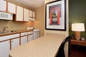 Extended Stay America - Tampa - Airport - Memorial Hwy., Aparthotels  Tampa - big - 11