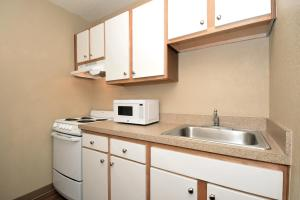 Extended Stay America - Tampa - Airport - Memorial Hwy., Aparthotels  Tampa - big - 7