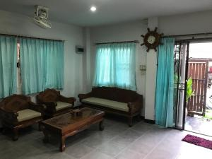 Cozy BIG Family House Chiang Mai, Дома для отпуска  Чиангмай - big - 21