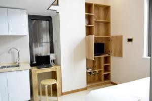 Wei Gong Guan Apartment, Ferienwohnungen  Peking - big - 5