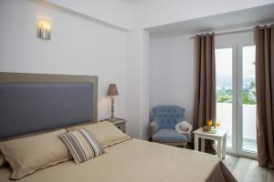Daedalus Hotel(Fira)