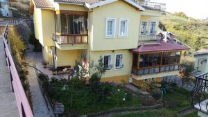Boykar Villa
