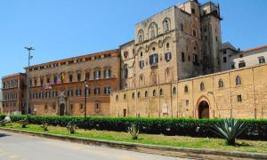 Palazzo Galati, Апартаменты  Палермо - big - 11