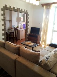 Apartment Cubrilo, Apartmanok  Bar - big - 5