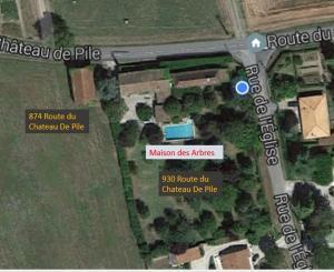 Maison des arbres, Penziony  Cours-de-Pile - big - 4