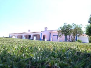 House Monte Do Alborra