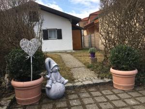 Evi's Seehäusl, Ferienhäuser  Übersee - big - 12