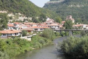 Eviane, Holiday homes  Veliko Tŭrnovo - big - 53