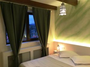 Sinaia view, Ferienwohnungen  Sinaia - big - 9