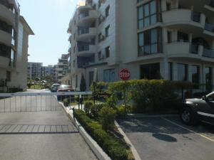Real Black Sea Apartments - фото 10