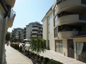 Real Black Sea Apartments - фото 12