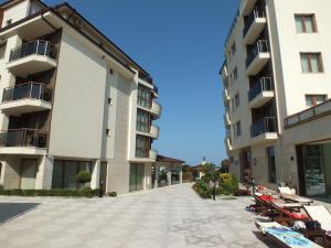 Real Black Sea Apartments - фото 17