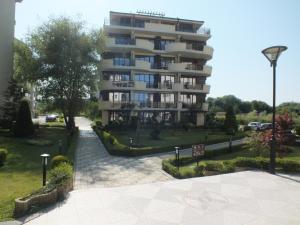 Real Black Sea Apartments - фото 18