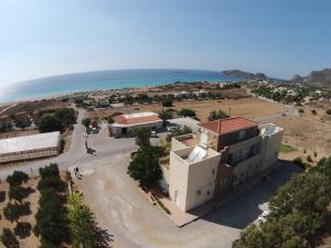 Nikos Apartments