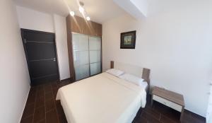 Apartment Gosposhtina 219, Apartments  Budva - big - 68