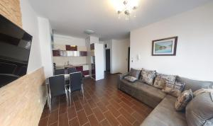 Apartment Gosposhtina 219, Apartments  Budva - big - 71