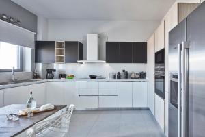 Elysium Hilltop Luxury Villa, Villas  Kato Galatas - big - 48