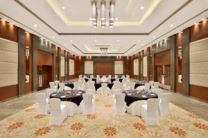 Radisson Blu Pune Hinjawadi, Отели  Пуне - big - 53