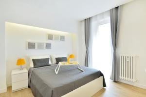 New Romantic Trastevere Apartment, Holiday homes  Rome - big - 18