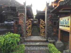 Puri Manik Sari Cottages