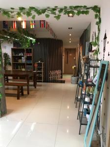 Warder's Youth Hostel, Hostels  Chengdu - big - 31