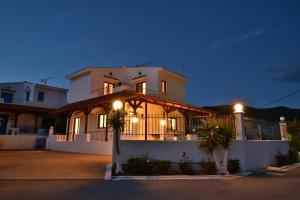 Yiannis Villas, Holiday homes  Kountoura Selino - big - 22