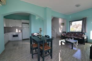 Yiannis Villas, Holiday homes  Kountoura Selino - big - 15