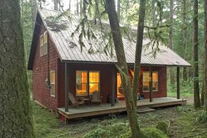 Two Bedroom Cabin 12