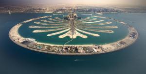 Hometown Holiday Homes - Grandeur Residence - Dubai