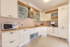 Apartments Roy, Апартаменты  Медулин - big - 45