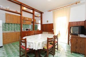 Apartment Erla, Ferienwohnungen  Banjole - big - 4