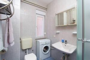 Apartment Erla, Ferienwohnungen  Banjole - big - 13