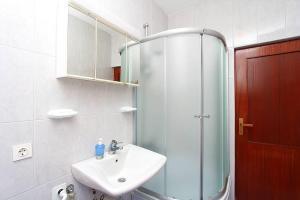 Apartment Erla, Ferienwohnungen  Banjole - big - 14