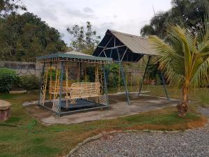 4-bedroom Nipa Hut