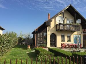 Namas Ciklámen vendégházak Mezőkövesd Vengrija